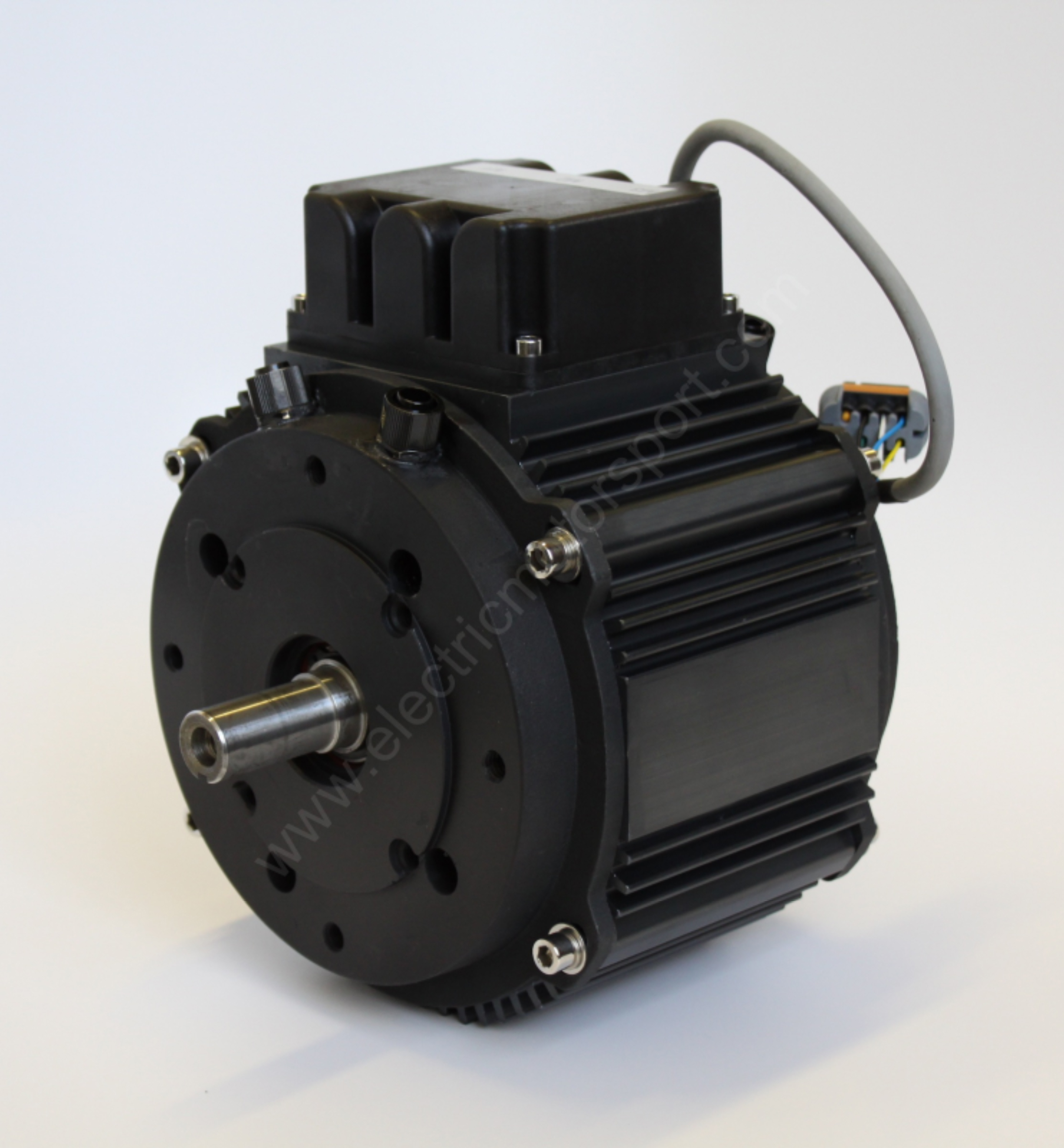 new pmac 38 kw liquid cooled 120v motor from electric